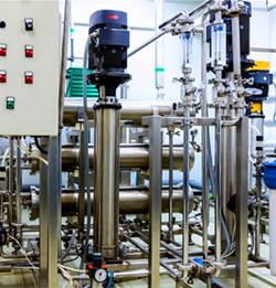 立式不锈钢多级管道泵使用图片