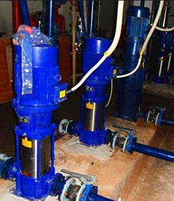 立式多级管道泵安装现场图片
